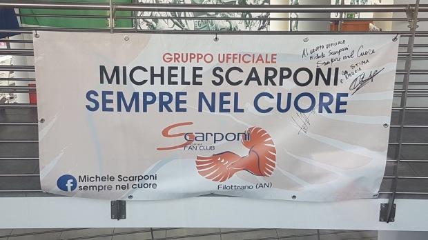 StriscioneGruppoScarponi
